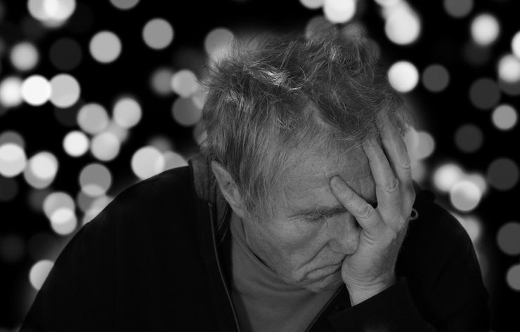 Tratamiento para depresión | Hombre deprimido